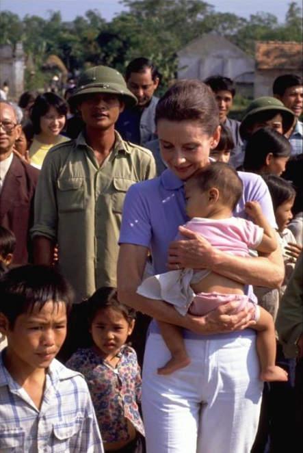 UNICEF, Vietnam, 1990
